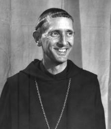 pere yonn prêtre